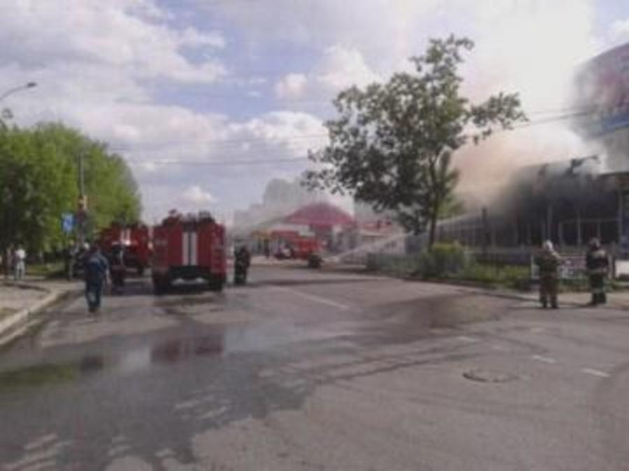 В Перми сгорел магазин пиротехники - фото 1