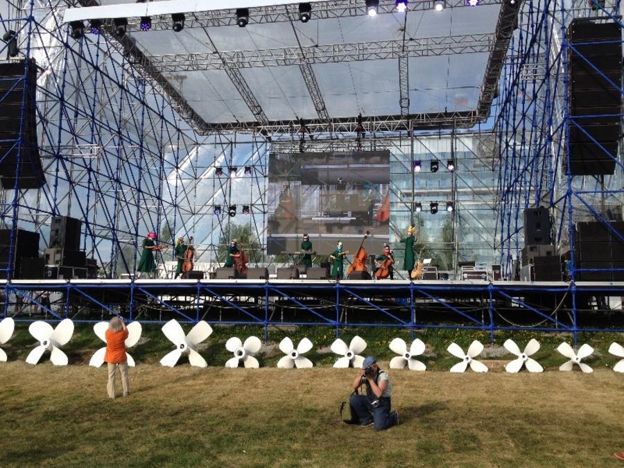 Украинский коллектив шокировал пермяков выступлением в стиле Pussy Riot - фото 14