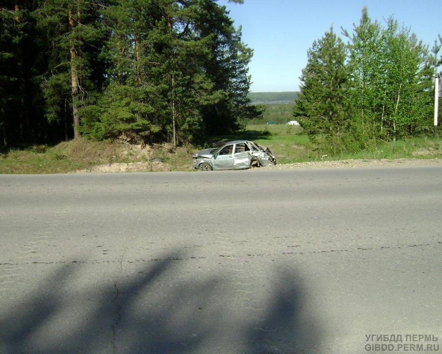 В ДТП в Соликамском районе тяжелые травмы получили 4 человека - фото 1