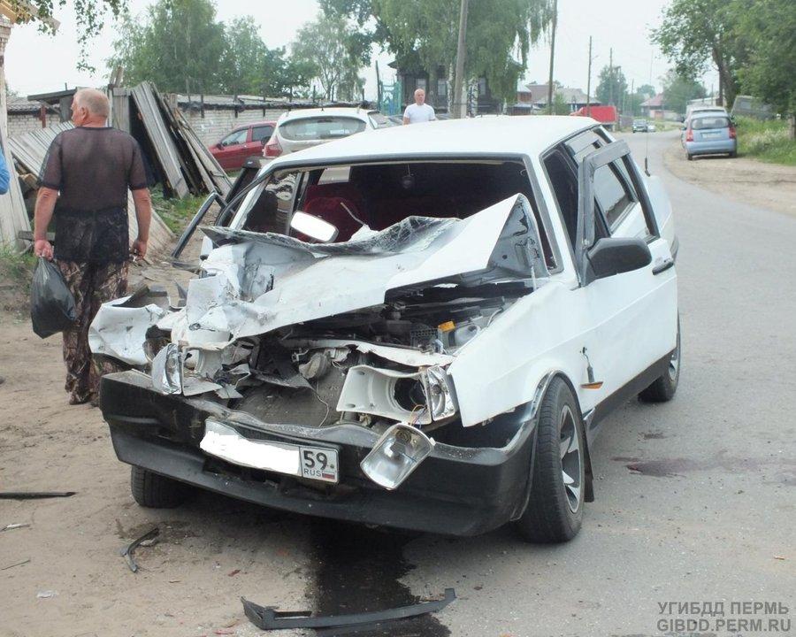 В Соликамске 99-ка врезалась в Газель