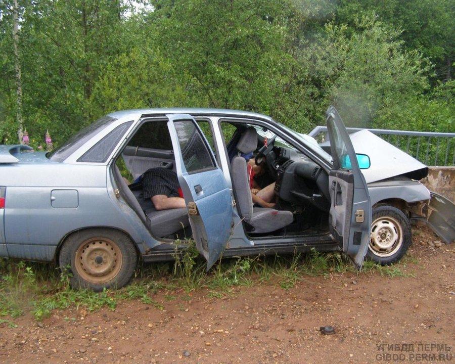 В ДТП в Ильинском районе два человека погибли на месте, третий - ранен