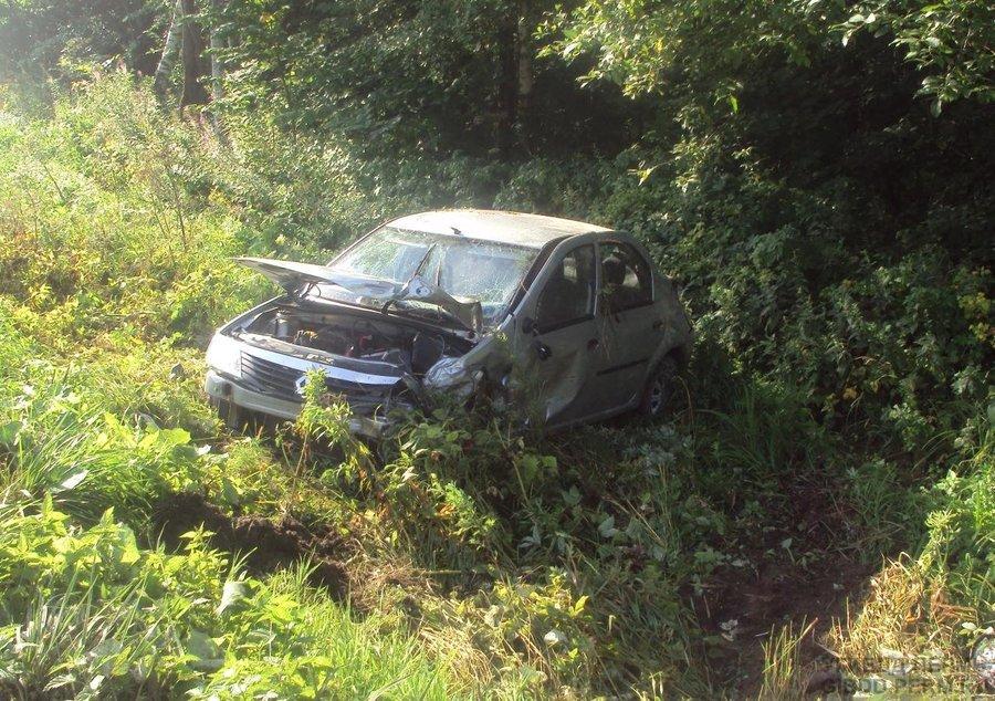 В Добрянском районе в столкновении трех машин пострадали два человека