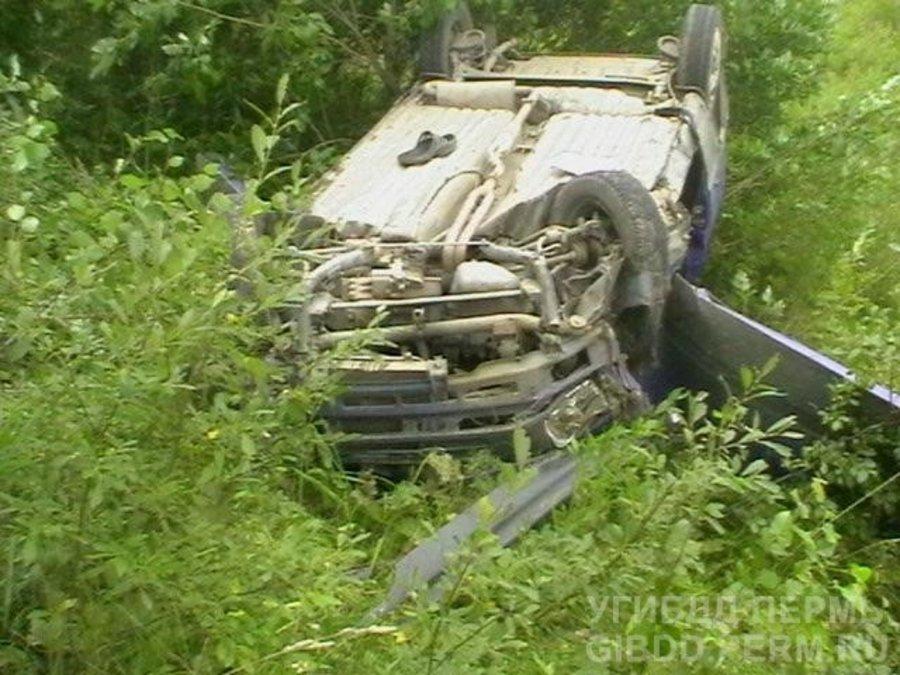 В Горнозаводском районе в перевернувшейся Оке пострадала пожилая женщина - фото 1