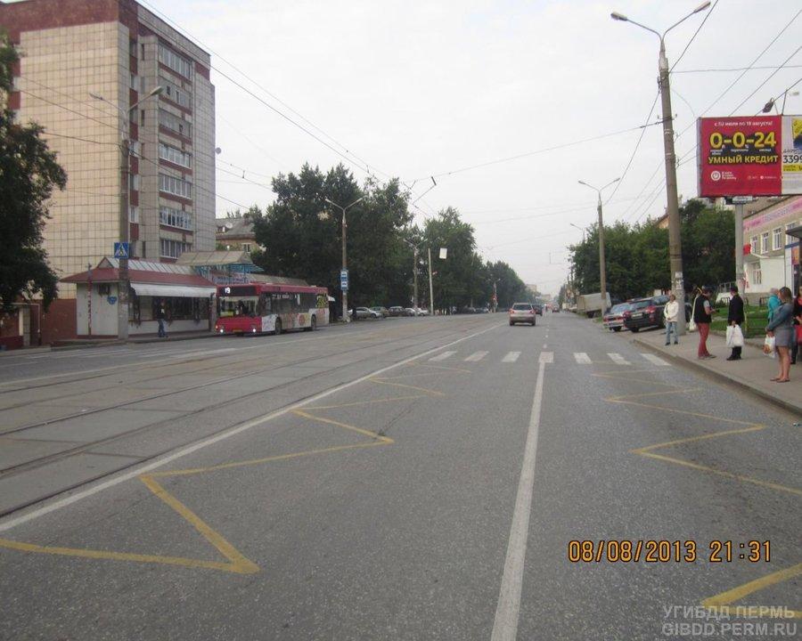 В Перми 73-летний старик на Субару сбил мальчика на переходе - фото 1