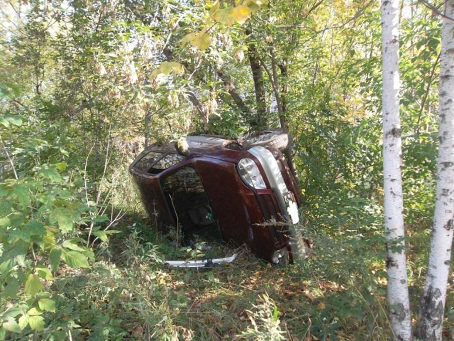 В Кировском районе Перми столкнулись три автомобиля - фото 1