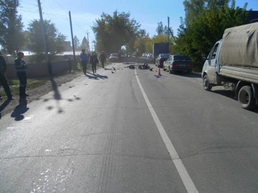 В Кунгурском районе в ДТП погибли мужчина и девочка, мальчик госпитализирован - фото 1
