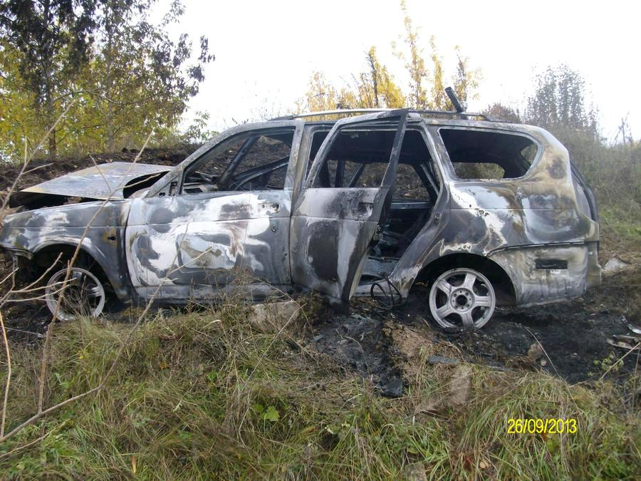 В Кунгурском районе в сгоревшей Приоре один человек погиб, двое ранены - фото 1