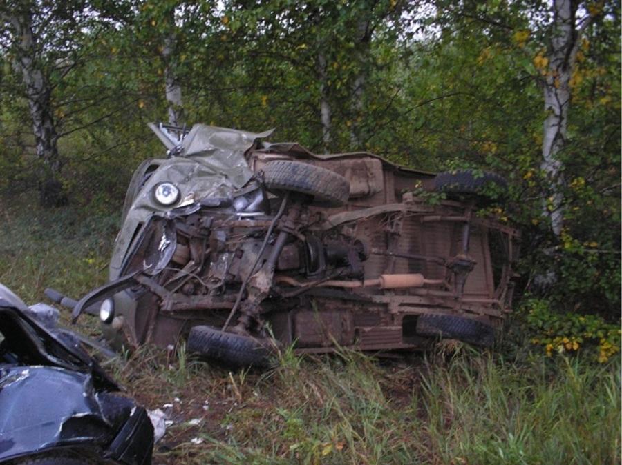 В Осинском районе в столкновении с УАЗом погиб водитель ВАЗа