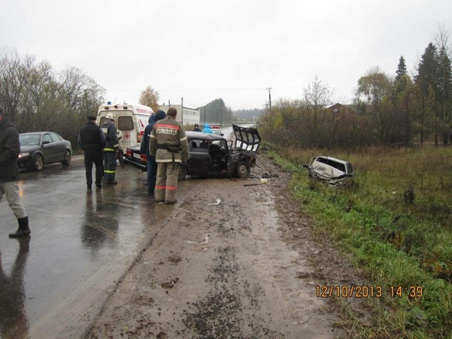 В ДТП в Чернушке ранены четверо взрослых и 11-летний мальчик - фото 1