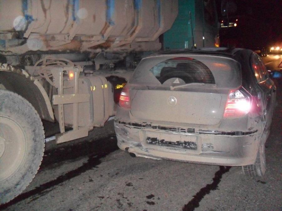 На трассе Пермь – Екатеринбург БМВ врезался в два автомобиля
