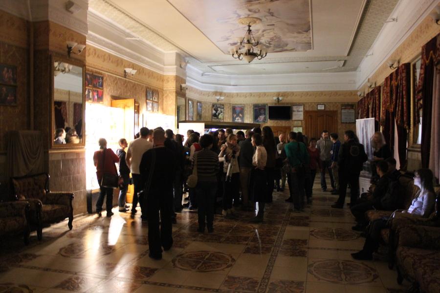 Пермь, «Текстура»: папа уходит, бабушка умирает, Мейерхольд живет