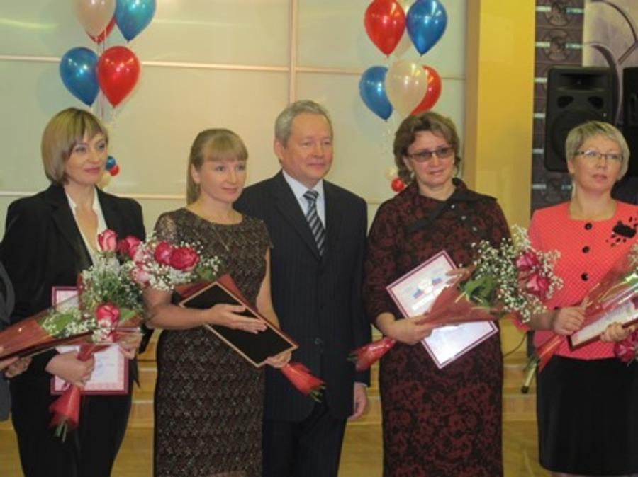 В Пермском крае учителя-победители получили по 200 тысяч рублей