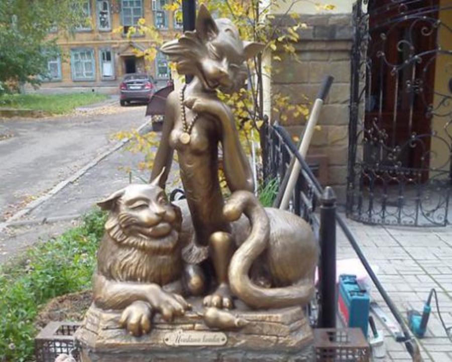 В Йошкар-Оле открыт памятник подружке
