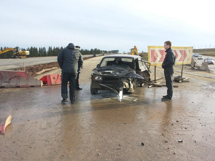 На трассе Пермь — Екатеринбург в столкновении «семерки» и Мицубиси пострадали два человека