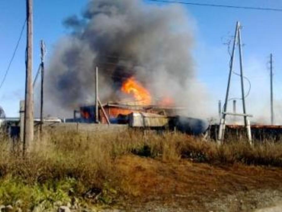 В Пермском районе горел склад пиломатералов и котельная - фото 1