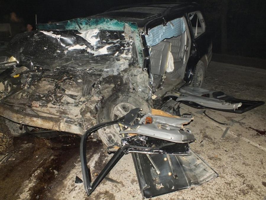 В Соликамске Лексус организовал замес из 4 машин, двое погибли, четверо ранены