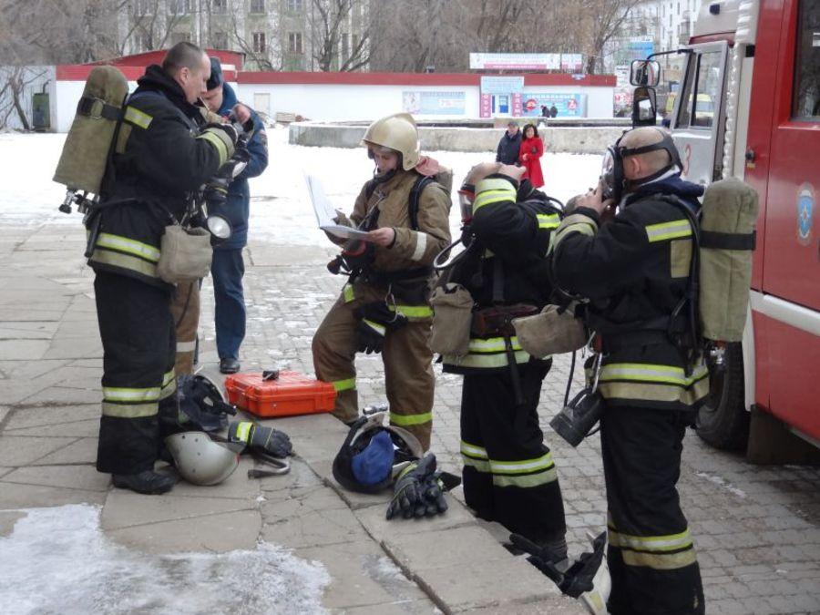 В Перми ликвидирован учебный пожар в цирке - фото 1