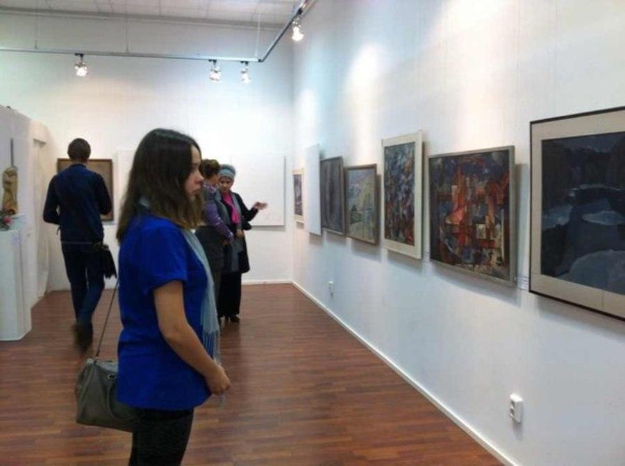 В Перми открылась выставка, на которой надо думать