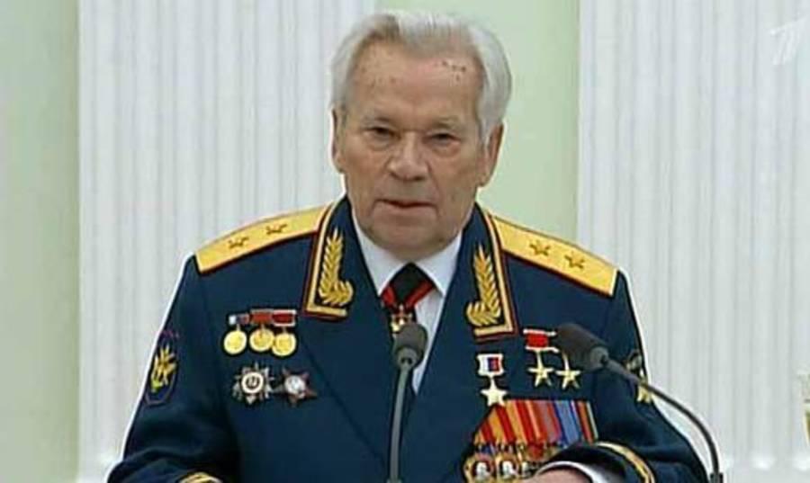 Умер великий оружейник Михаил Калашников - фото 1