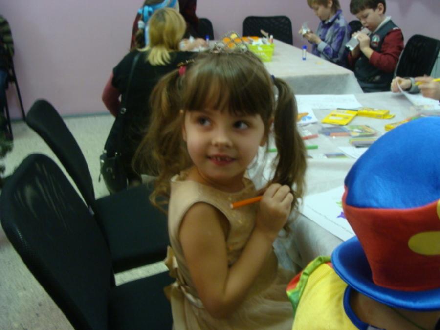 В Перми началась серия благотворительных новогодних елок - фото 1