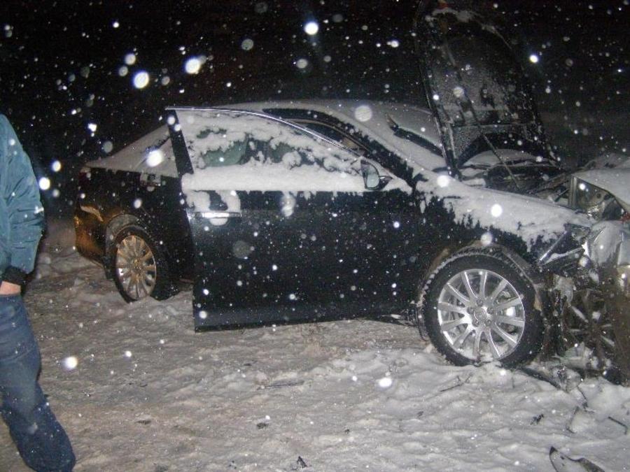 В столкновении автомобилей в Нытвенском районе один человек погиб, трое покалечены - фото 4