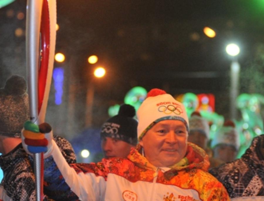 Губернатор Пермского края зажег чашу Олимпийского огня