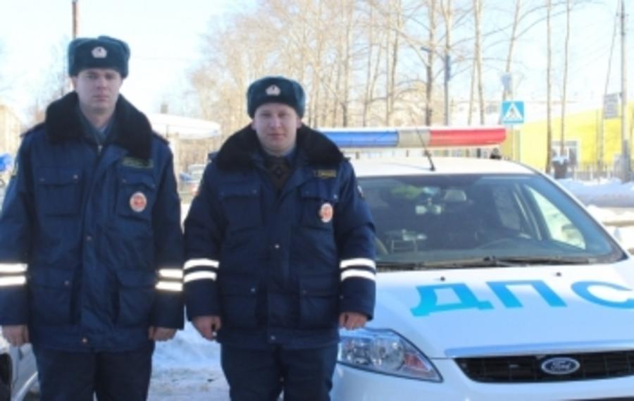В Чайковском полицейские спасли задыхающегося мальчика