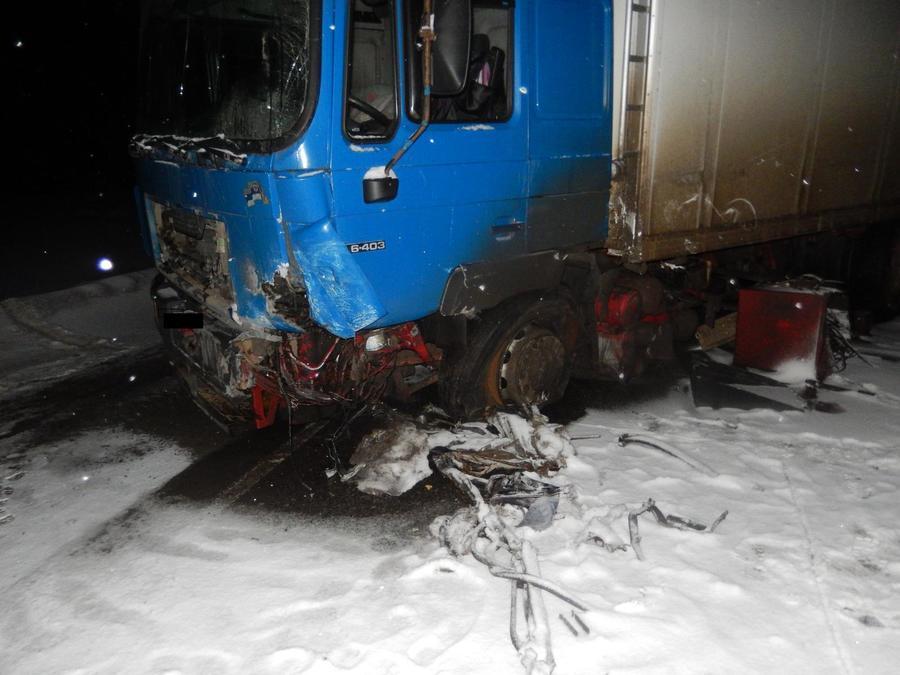 В Большесосновском районе в столкновении с грузовиком погиб водитель ВАЗа - фото 2