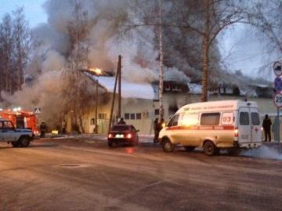 Пожар в торговом центре села Частые ликвидирован