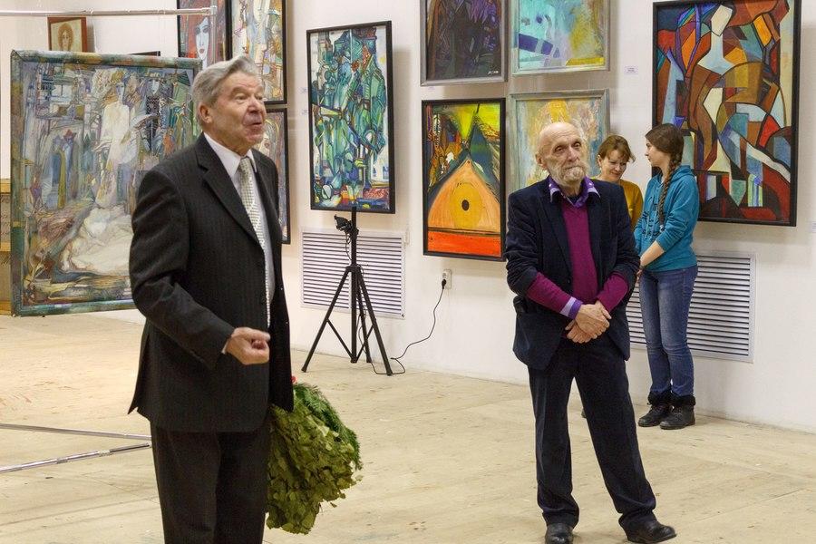 Пермский художник посвятил выставку женщинам