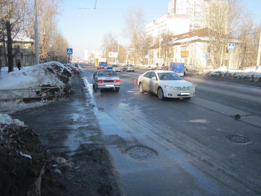 В Перми три школьника попали под колеса автомобилей
