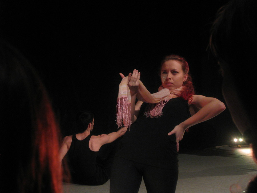 Пермские студенты танцуют дикие танцы