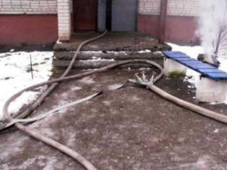 В Березниках пожарные эвакуировали жильцов пятиэтажки