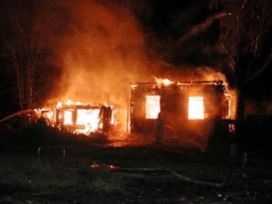 В Пермском крае на пожаре погиби четыре человека