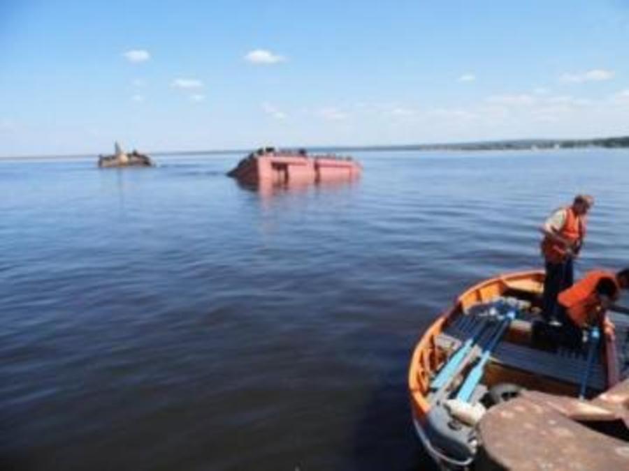Затонувшая в Пермском крае баржа с солью следовала из Перми в Казань - фото 1