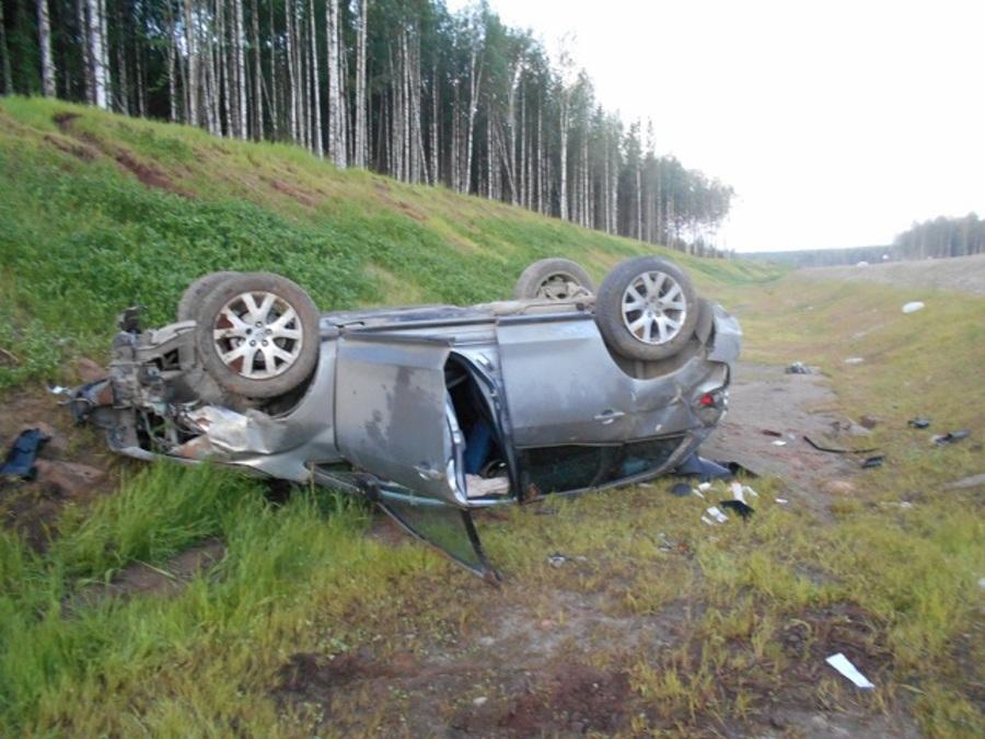 В пригороде Березников водитель Мазды погиб в ДТП, пассажир травмирован