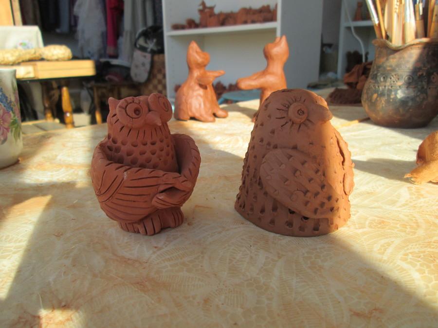 В фестивальном городке «Белых ночей в Перми» учили лепить из глины - фото 1