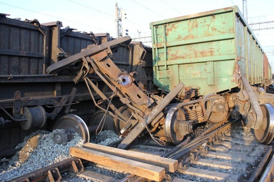 В Кургане произошло крушение грузовых вагонов