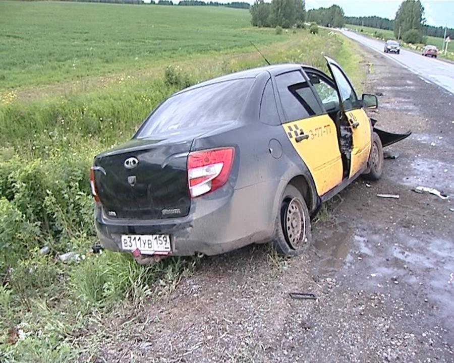 В Пермском крае в ДТП пострадали три человека, в том числе беременная женщина