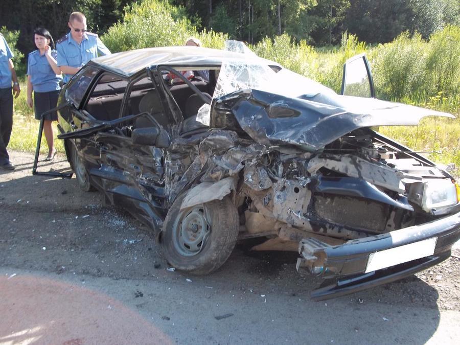 В ДТП в Нытвенском районе один человек скончался, двое детей и взрослый травмированы - фото 1