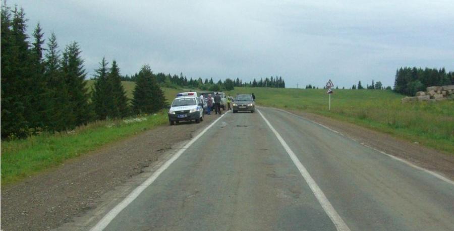 В Пермском районе водитель Логана сбил дорожного рабочего