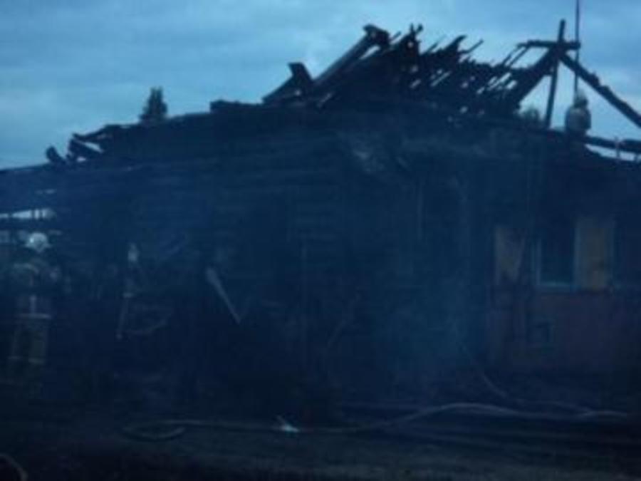 В Пермском районе сгорел жилой дом - фото 1