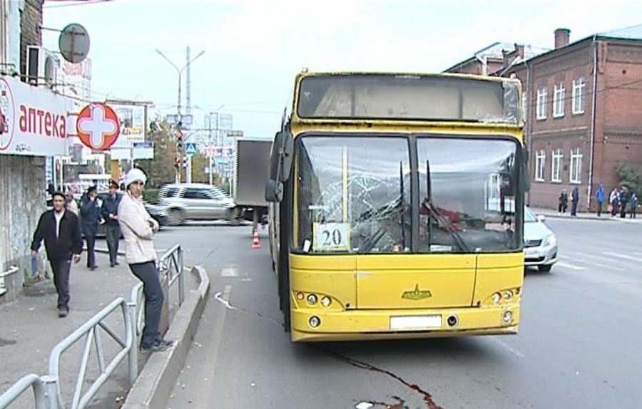 В центре Перми под автобусом погиб пешеход