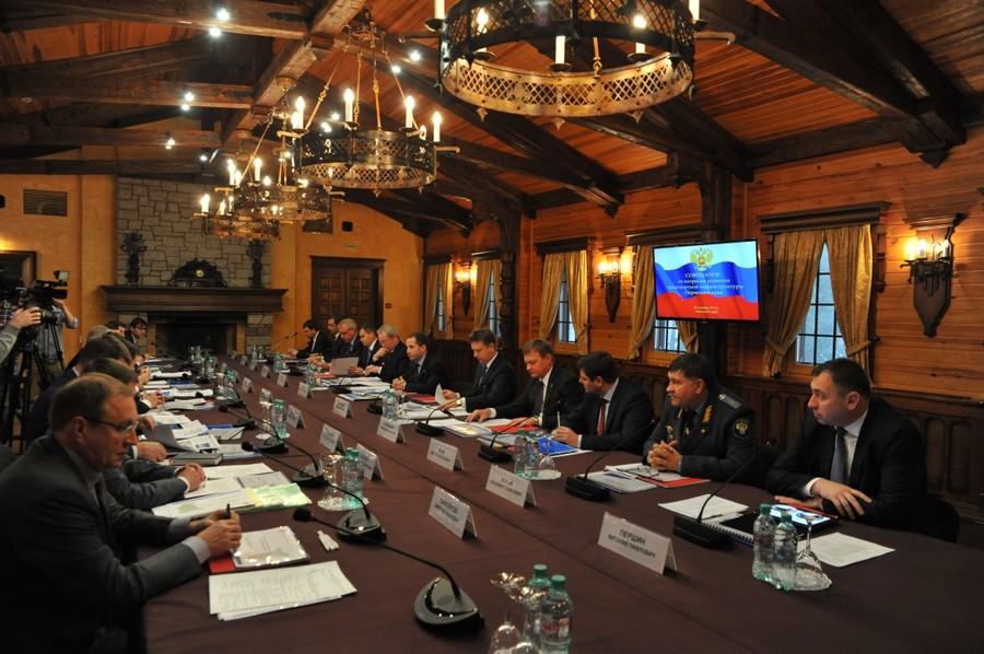 В Перми обсудили возможности развития транспорта и углубления Камы