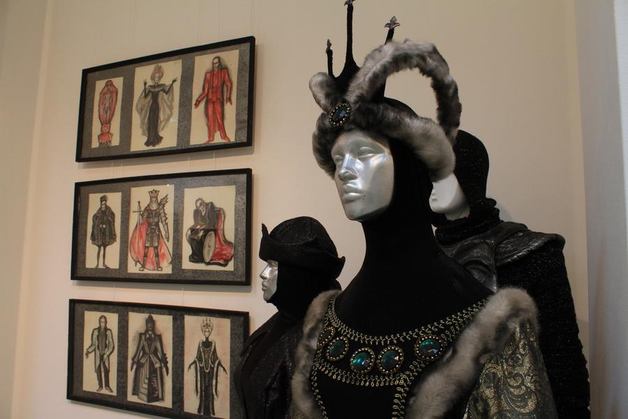 В Центральном выставочном Пермский ТЮЗ выставил свою экспозицию
