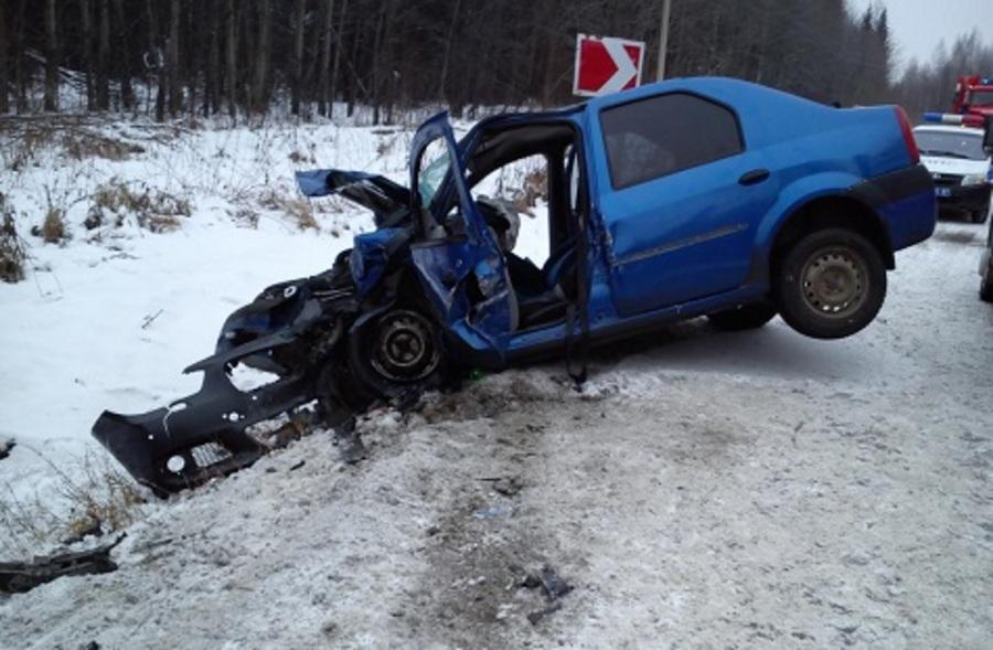 На трассе Кукуштан-Чайковский в двух ДТП погибли два человека, пятеро травмированы