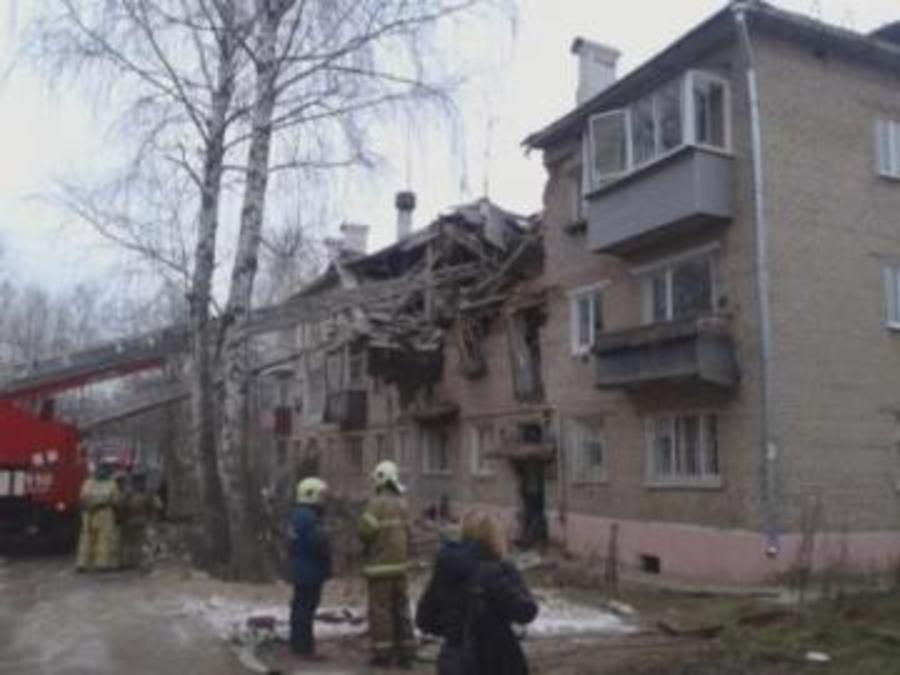 В Перми при взрыве газа в доме обрушился подъезд, один человек погиб, семеро пострадали - фото 1