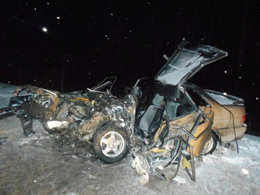 На трассе Пермь-Березники три человека погибли в ДТП - фото 1