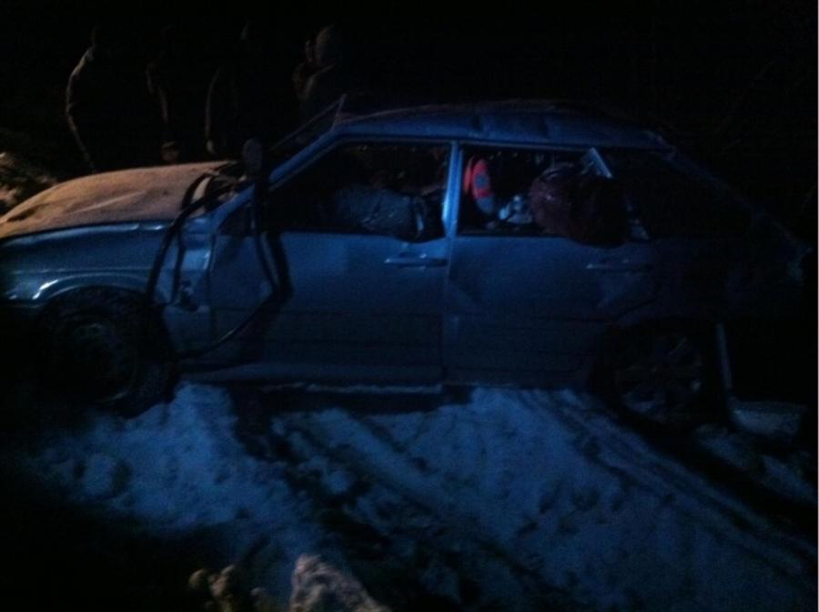 В Березовском районе в ДТП погибли двое взрослых и двое детей - фото 1