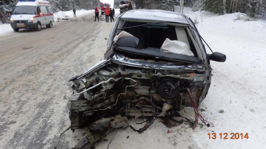 В Пермском крае в столкновении с КАМАЗом погиб водитель автомобиля Рено Меган